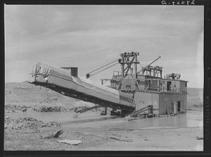 gold dredge for placer mining near madison montana 300x223 Gold Prospecting In Montana